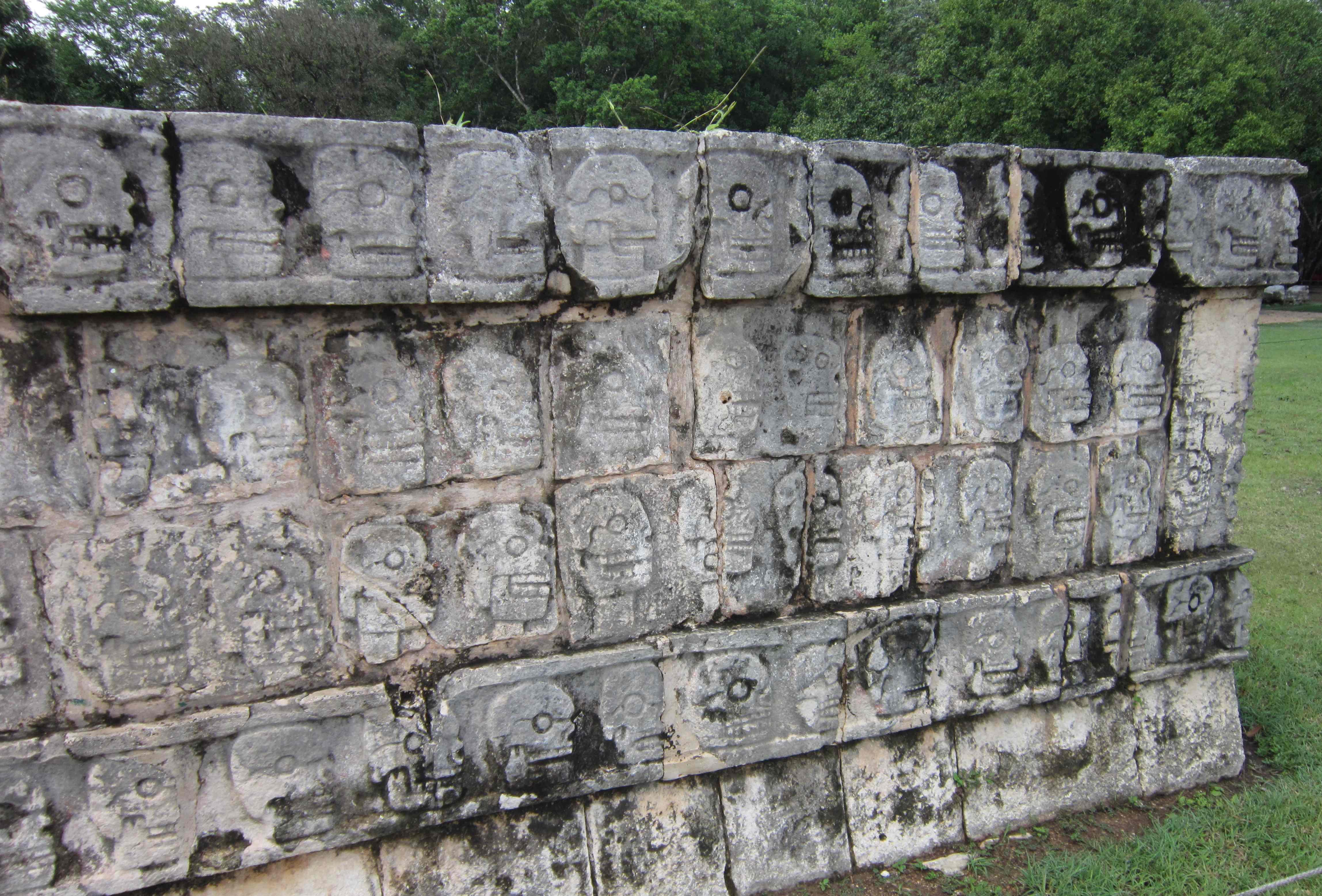 mayan sacrifice table - HD4594×3115