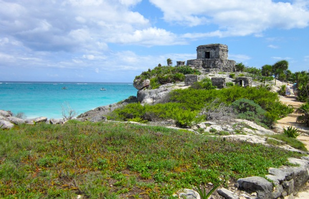 no hay bronca tulum ruins and sea