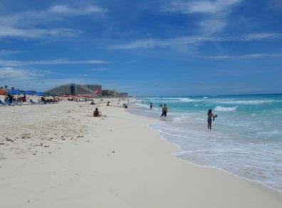 2 Cancun Playa Delfines