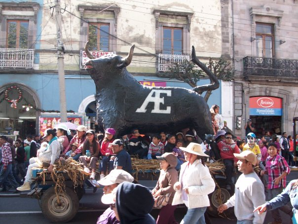 toluca-parade